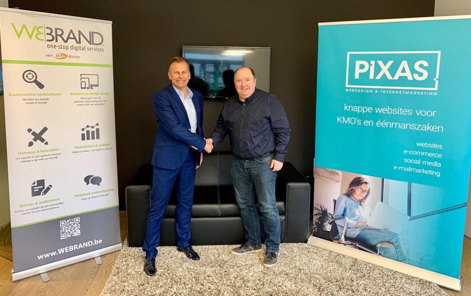 IT1 & PIXAS - Overname Pixas