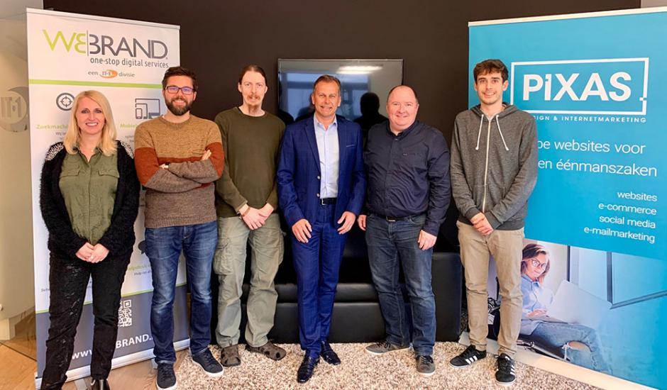 IT1 & PIXAS - WEBRAND team